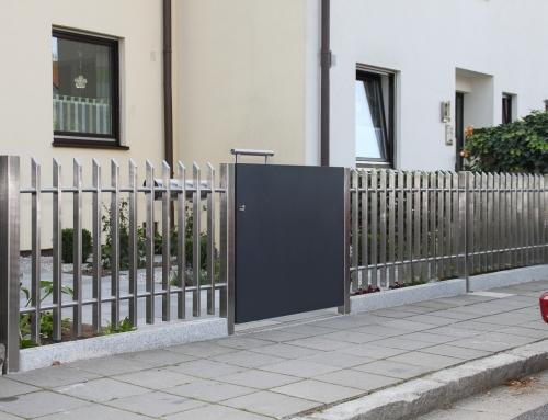 Gartentoranlage und Gartenzaun – GT49