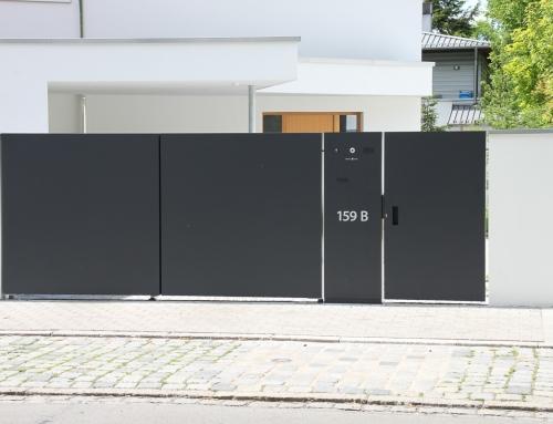Gartentoranlage mit Schließanlage und Mülleinhausungen – GT53